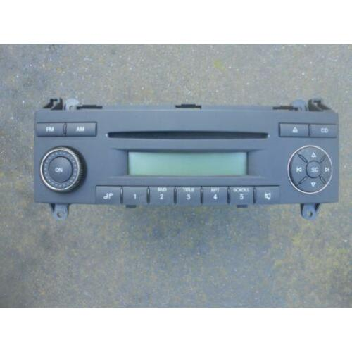 Orginele VW Crafter / Mercedes Sprinter autoradio CD-speler.
